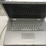 "MacBook Pro ""Core 2 Duo"" 2.4 15-Inch 170$"