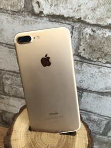 iPhone 7 Plus  Gold 128 Gb 700$
